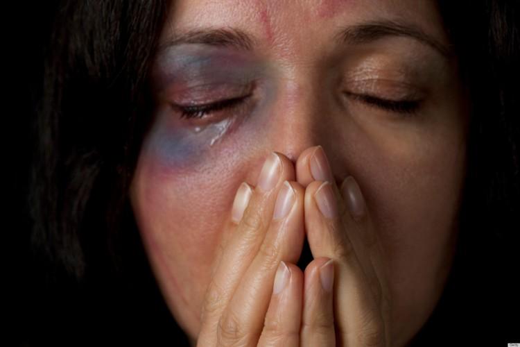 o-VIOLENCE-AGAINST-WOMEN-facebook